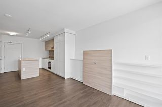 """Photo 8: 1708 652 WHITING Way in Coquitlam: Coquitlam West Condo for sale in """"MARQUEE AT LOUGHEED HEIGHTS"""" : MLS®# R2589949"""