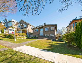 Photo 3: 3650 MCGILL Street in Vancouver: Hastings Sunrise House for sale (Vancouver East)  : MLS®# R2573202