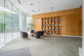 "Photo 3: 1606 1288 ALBERNI Street in Vancouver: West End VW Condo for sale in ""THE PALISADES"" (Vancouver West)  : MLS®# R2523792"