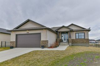 Photo 1: 16 Rochelle Bay: Oakbank Residential for sale (R04)  : MLS®# 202110201