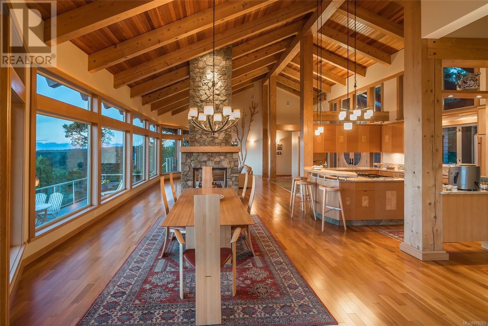 Photo 16: Photos: 825 Duthie Ave in Gabriola Island: House for sale : MLS®# 879263