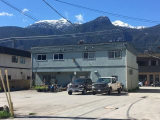 Photo 2: 3 38060 SECOND Avenue in Squamish: Downtown SQ Condo for sale : MLS®# R2361701