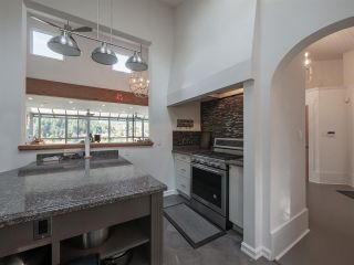 """Photo 14: 313 SKYLINE Drive in Gibsons: Gibsons & Area House for sale in """"THE BLUFF"""" (Sunshine Coast)  : MLS®# R2560064"""