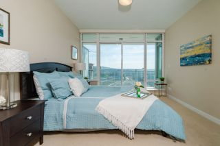 """Photo 10: 2408 4485 SKYLINE Drive in Burnaby: Brentwood Park Condo for sale in """"SOLO DISTRICT - ALTUS"""" (Burnaby North)  : MLS®# R2373957"""