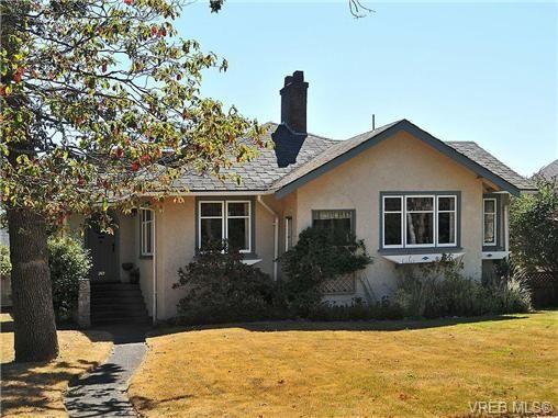 Main Photo: 919 St. Patrick Street in VICTORIA: OB South Oak Bay Residential for sale (Oak Bay)  : MLS®# 326783