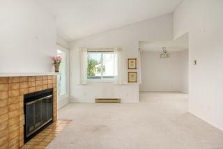 Photo 4: 404 1110 Oscar St in : Vi Fairfield West Condo for sale (Victoria)  : MLS®# 885074