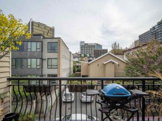 """Photo 11: 318 678 W 7TH Avenue in Vancouver: Fairview VW Townhouse for sale in """"LIBERTE"""" (Vancouver West)  : MLS®# R2575214"""
