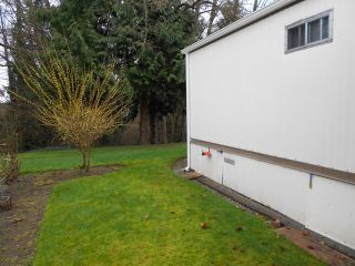 "Photo 7: 88 7850 KING GEORGE Boulevard in Surrey: East Newton Manufactured Home for sale in ""Bear Creek Glen"" : MLS®# F1432729"