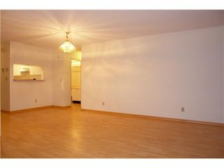 """Photo 2: 250 8300 General Currie in Richmond: Brighouse South Townhouse for sale in """"Carmelia Garden"""" : MLS®# V969184"""