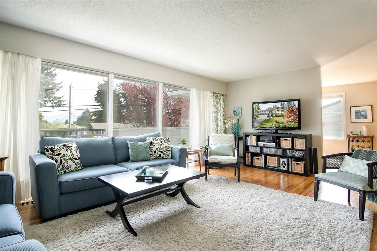 """Main Photo: 2144 AUDREY Drive in Port Coquitlam: Mary Hill House for sale in """"Mary Hill"""" : MLS®# R2287535"""