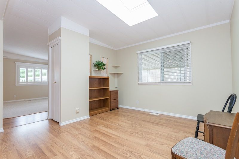 """Photo 15: Photos: 34 1640 162 Street in Surrey: King George Corridor Manufactured Home for sale in """"Cherry Brook Park"""" (South Surrey White Rock)  : MLS®# R2078301"""