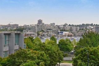 """Photo 1: 603 428 BEACH Crescent in Vancouver: Yaletown Condo for sale in """"Kings Landing"""" (Vancouver West)  : MLS®# R2202803"""