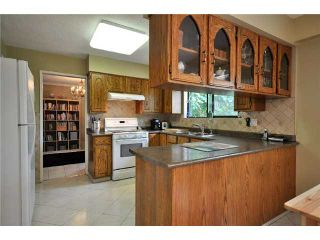 """Photo 3: 1530 HATTON Avenue in Burnaby: Simon Fraser Univer. House for sale in """"DUTHIE/SFU"""" (Burnaby North)  : MLS®# V851270"""