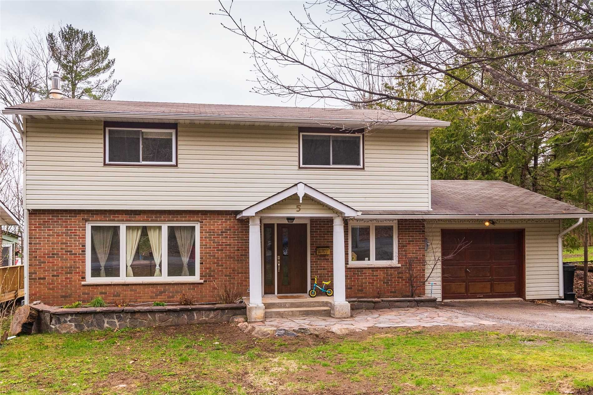 Photo 3: Photos: 5 Waubuno Road in Parry Sound: House (2-Storey) for sale : MLS®# X4488183