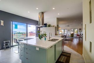 Photo 8: MISSION HILLS Condo for sale : 2 bedrooms : 235 Quince St #403 in San Diego