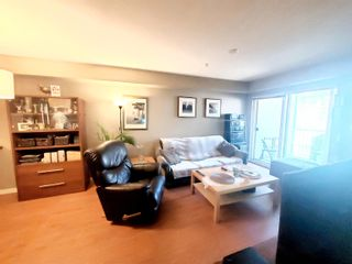 """Photo 3: 319 33960 OLD YALE Road in Abbotsford: Central Abbotsford Condo for sale in """"OLD YALE HEIGHTS"""" : MLS®# R2612567"""
