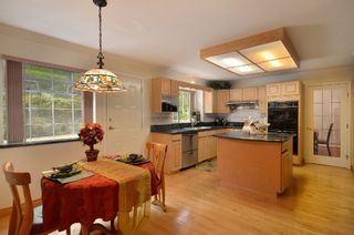 Photo 9: 2373 OTTAWA AVE in West Vancouver: Dundarave House for sale : MLS®# R2058810