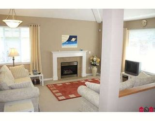 Photo 2: 7 8606 168TH Street: Fleetwood Tynehead Home for sale ()  : MLS®# F2918907