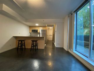 """Photo 3: 39 KEEFER Place in Vancouver: Downtown VW Townhouse for sale in """"The Taylor"""" (Vancouver West)  : MLS®# R2514052"""