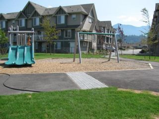 """Photo 20: 22 6498 SOUTHDOWNE Place in Sardis: Sardis East Vedder Rd Townhouse for sale in """"VILLAGE GREEN"""" : MLS®# R2308584"""