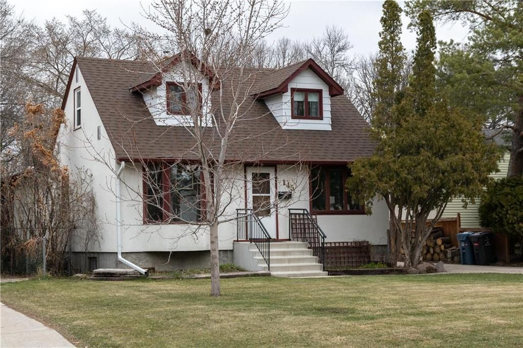Photo 1: Photos: 145 Woodlawn Avenue in Winnipeg: Residential for sale (2C)  : MLS®# 202110539