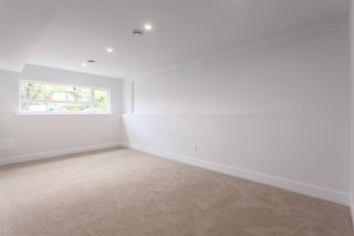 Photo 13: 2026 CHARLES Street in Vancouver: Grandview VE House for sale (Vancouver East)  : MLS®# R2103158