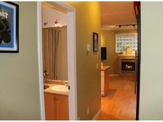 """Photo 9: 104 15154 ROPER Avenue: White Rock Condo for sale in """"SAND DOLLAR"""" (South Surrey White Rock)  : MLS®# F1425416"""