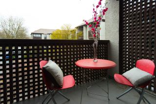"""Photo 4: 304 340 GINGER Drive in New Westminster: Fraserview NW Condo for sale in """"FRASER MEWS"""" : MLS®# R2258282"""