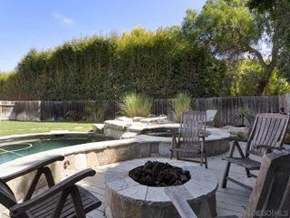 Photo 17: OCEANSIDE House for rent : 4 bedrooms : 2121 Grandview St