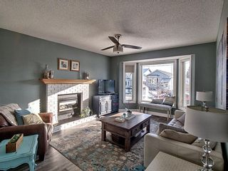 Photo 11: 132 Shawglen Rise SW in Calgary: Shawnessy Detached for sale : MLS®# A1065007