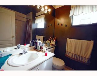 """Photo 10: A2 925 TOBRUCK Avenue in North Vancouver: Hamilton Townhouse for sale in """"KENSIGATON GARDENS"""" : MLS®# V762629"""