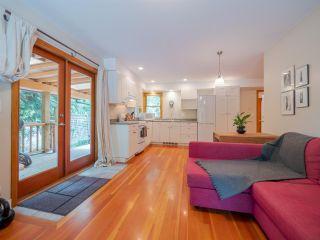 Photo 13: 7983 LOHN Road in Halfmoon Bay: Halfmn Bay Secret Cv Redroofs House for sale (Sunshine Coast)  : MLS®# R2398983