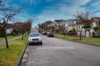 Photo 3: 3088 E 6TH Avenue in Vancouver: Renfrew VE House for sale (Vancouver East)  : MLS®# R2524284