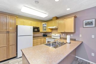 Photo 10: 2 920 Brulette Pl in : ML Mill Bay Row/Townhouse for sale (Malahat & Area)  : MLS®# 859918