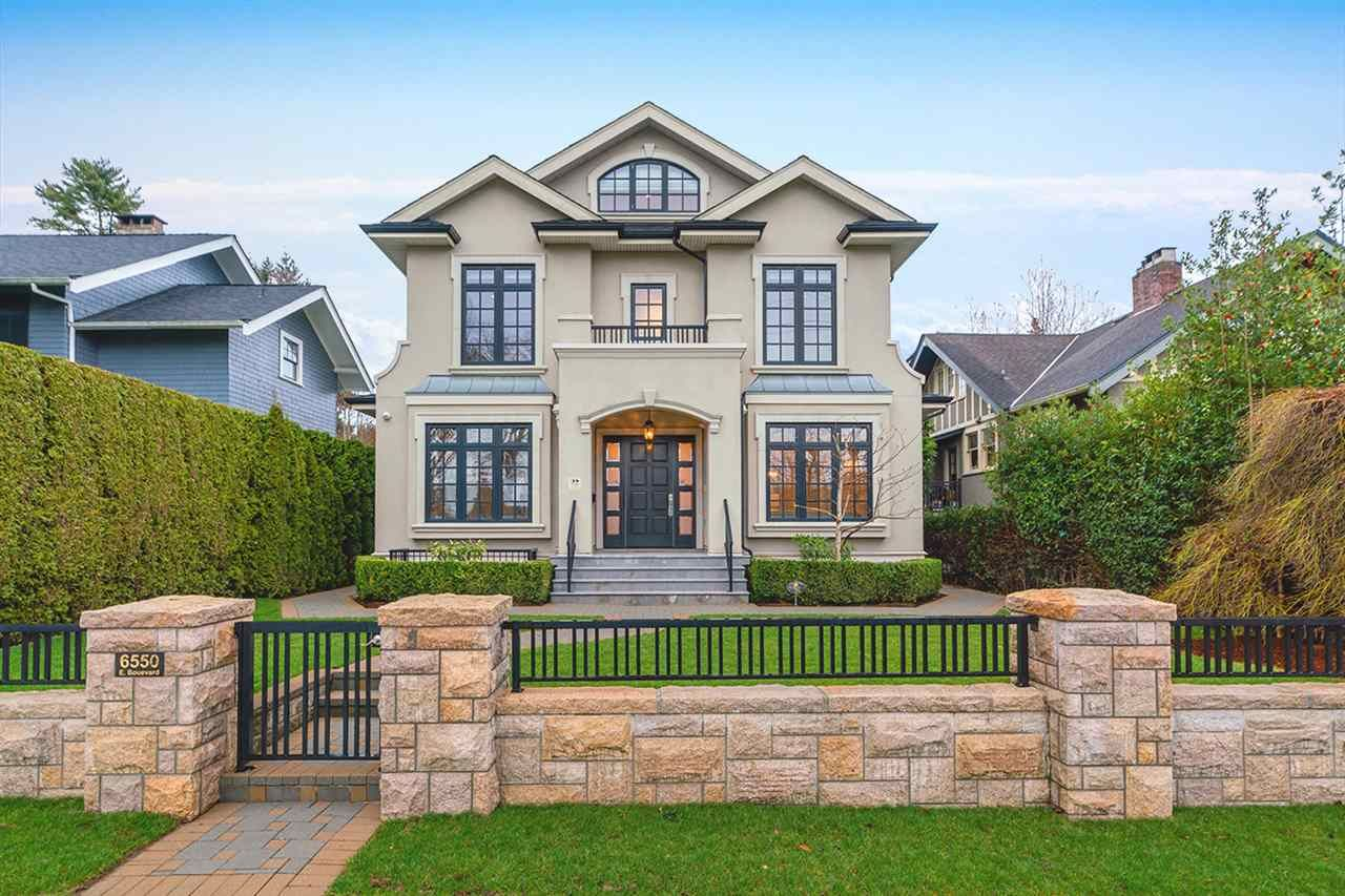 Main Photo: 6550 EAST BOULEVARD in Vancouver: Kerrisdale House for sale (Vancouver West)  : MLS®# R2592385