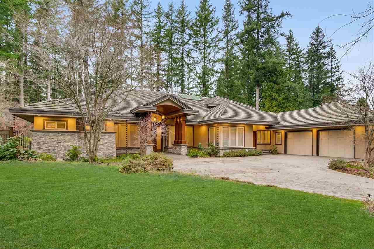 Main Photo: 2841 NORTHCREST Drive in Surrey: Elgin Chantrell House for sale (South Surrey White Rock)  : MLS®# R2495080