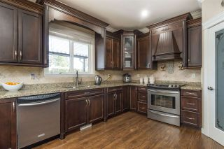 Photo 13: 2721 CARRIAGE Court: House for sale in Abbotsford: MLS®# R2528026