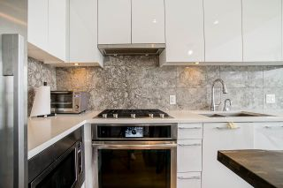 """Photo 7: 1908 8538 RIVER DISTRICT Crossing in Vancouver: South Marine Condo for sale in """"One Town Centre"""" (Vancouver East)  : MLS®# R2470555"""