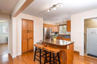 Photo 6: 235 Carriage Road in Winnipeg: Heritage Park Residential for sale (5H)  : MLS®# 202110278