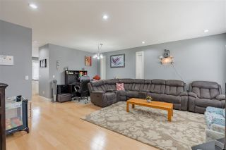 Photo 3: 2928 STATION Road in Abbotsford: Aberdeen House for sale : MLS®# R2554633