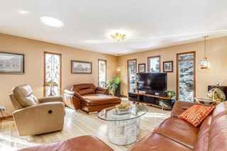 Photo 5: 136 Fairview Crescent SE in Calgary: Fairview Detached for sale : MLS®# A1073972