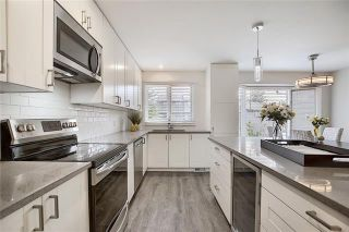 Photo 10: 18 23 GLAMIS Drive SW in Calgary: Glamorgan Row/Townhouse for sale : MLS®# C4293162