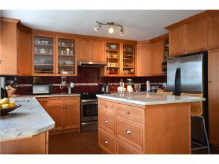 Photo 1: 181 GRANDVIEW HT in Gibsons: Gibsons & Area House for sale (Sunshine Coast)  : MLS®# V953766