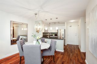 """Photo 6: 106 2161 W 12TH Avenue in Vancouver: Kitsilano Condo for sale in """"The Carlings"""" (Vancouver West)  : MLS®# R2427878"""
