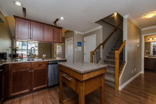 Photo 2: 20 46225 RANCHERO Drive in Sardis: Sardis East Vedder Rd Townhouse for sale : MLS®# R2321826