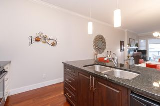 Photo 18: 302 9776 Fourth St in Sidney: Si Sidney South-East Condo for sale : MLS®# 878510