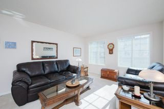Photo 4: 38 Country Hills Cove NW in Calgary: Country Hills Row/Townhouse for sale : MLS®# A1116176
