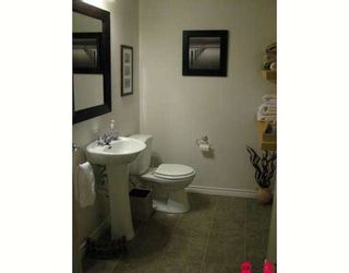 """Photo 8: 15134 BEACHVIEW Avenue in White_Rock: White Rock Townhouse for sale in """"KULEANA TOWNHOMES"""" (South Surrey White Rock)  : MLS®# F2824762"""