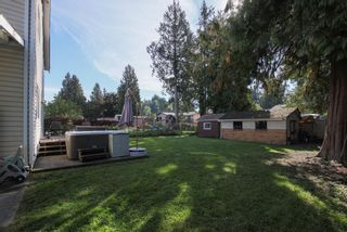"""Photo 2: 34558 KENT Avenue in Abbotsford: Abbotsford East House for sale in """"CLAYBURN / STENERSEN"""" : MLS®# R2621600"""
