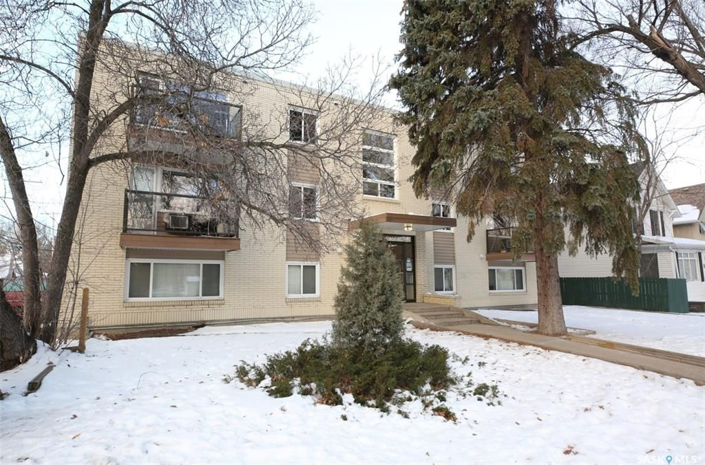 Main Photo: 9 2358 Rae Street in Regina: Cathedral RG Residential for sale : MLS®# SK837314
